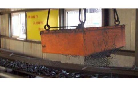 悬挂式永磁除铁器 -使用现场